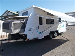 6/8 BERTH with Ensuite Jayco Expanda 2017 Model 1858.2 18 feet S324TFW